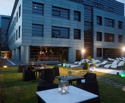 Garden Nuevo Boston Hotel