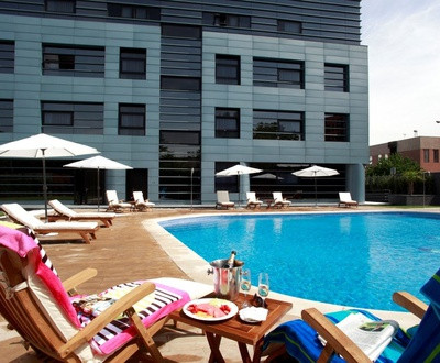 Outdoor Summer Swimming pool Nuevo Boston Hotel