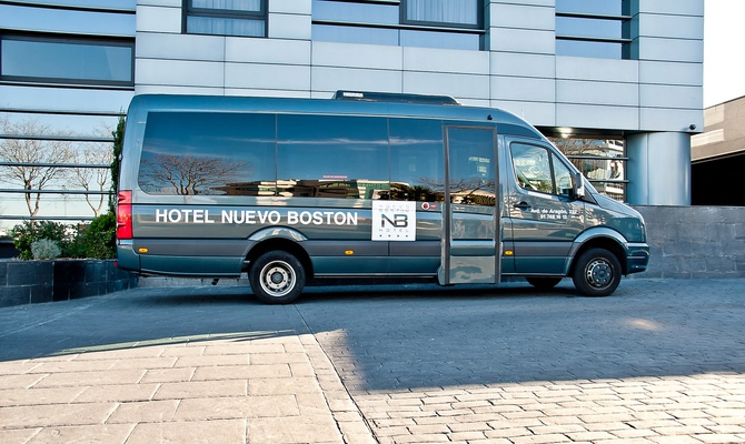 Airport transfer 24 hours a day Nuevo Boston Hotel Madrid- Airport