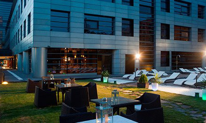 CHILL OUT GARDEN Nuevo Boston Hotel Madrid- Airport